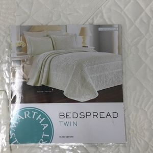 Martha Stewart Twin Bedspread Cream Flowering New